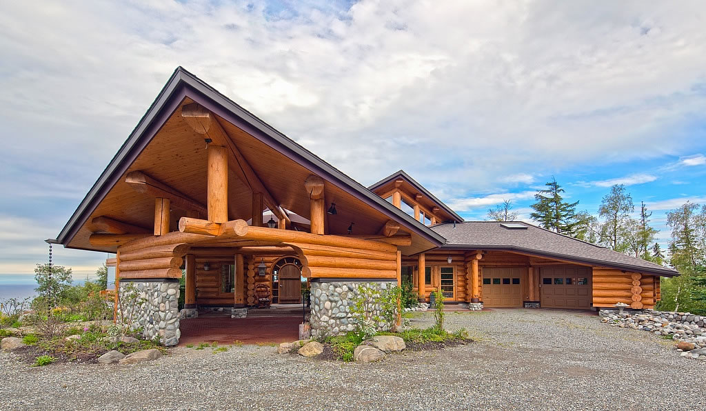 10 Harmonious Contemporary Log Homes - House Plans